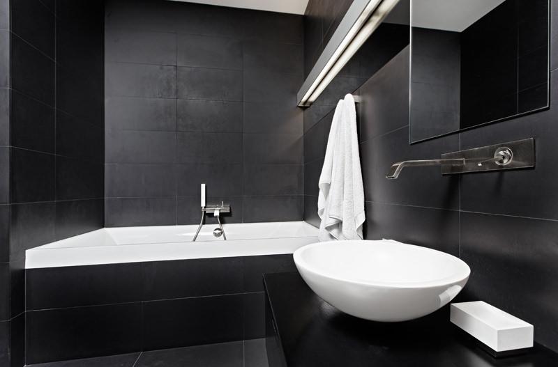 ganz viel platz f r zwei in der badewanne. Black Bedroom Furniture Sets. Home Design Ideas